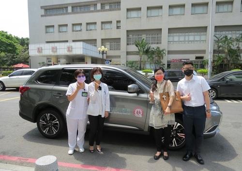 守護長輩健康    善心人士捐贈巡迴醫療公務車/波新聞