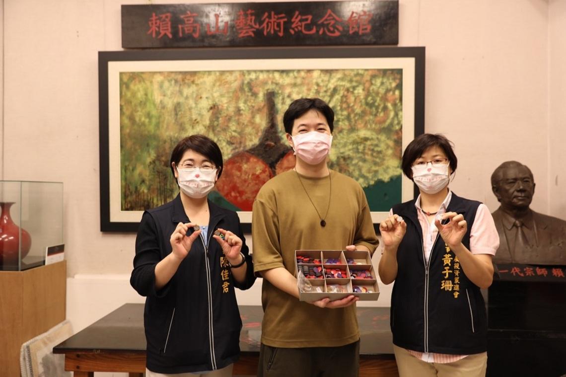 台中傳統漆藝「光山行」華麗變身    職人魂融入奧運戰袍/波新聞