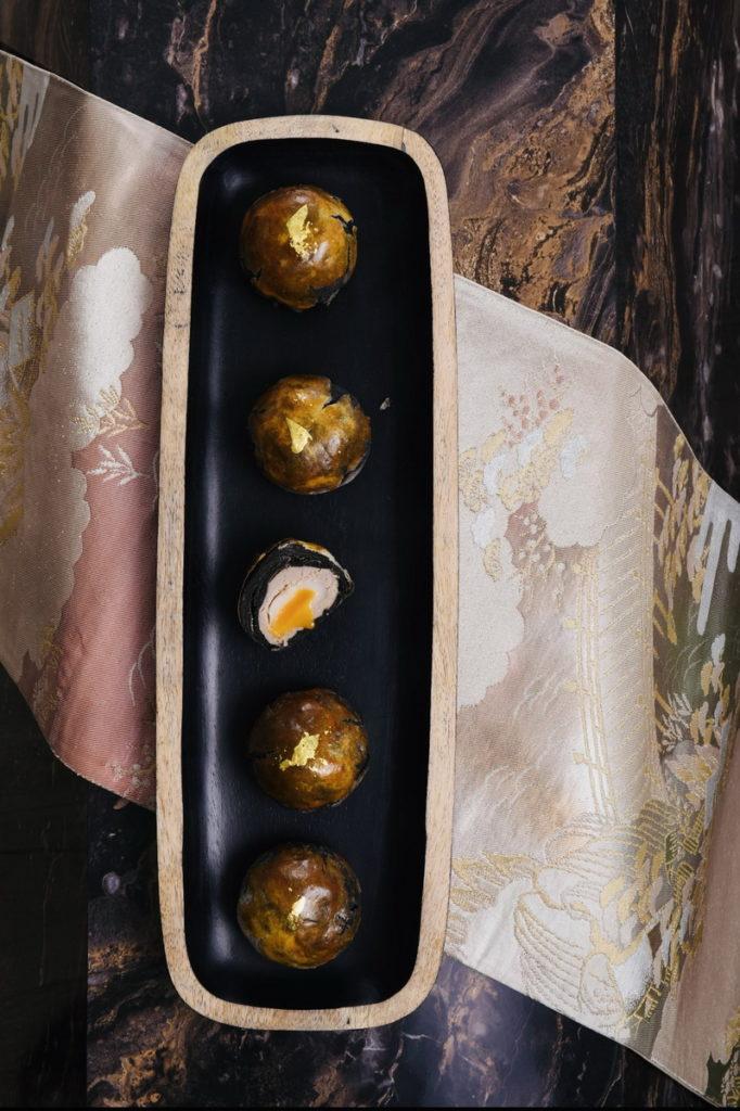 楊嘉明烘焙所 黑金菠蘿芋泥流沙 2盒(組) 推薦價1,198元