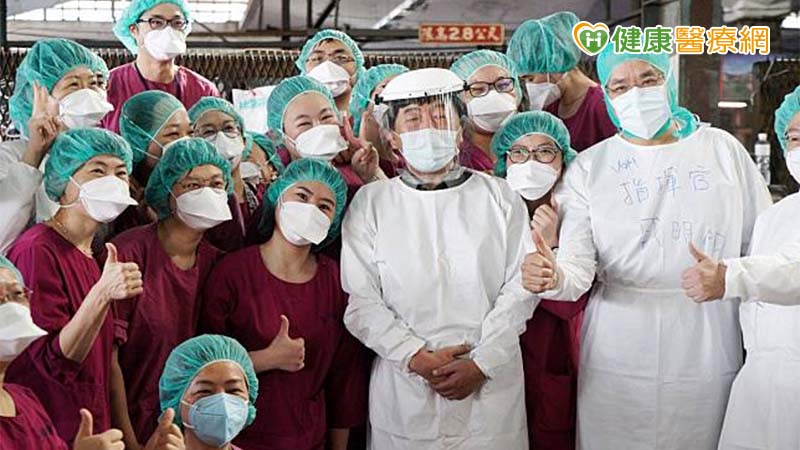 快速阻絕疫情傳播鏈 北榮大規模採檢經驗談