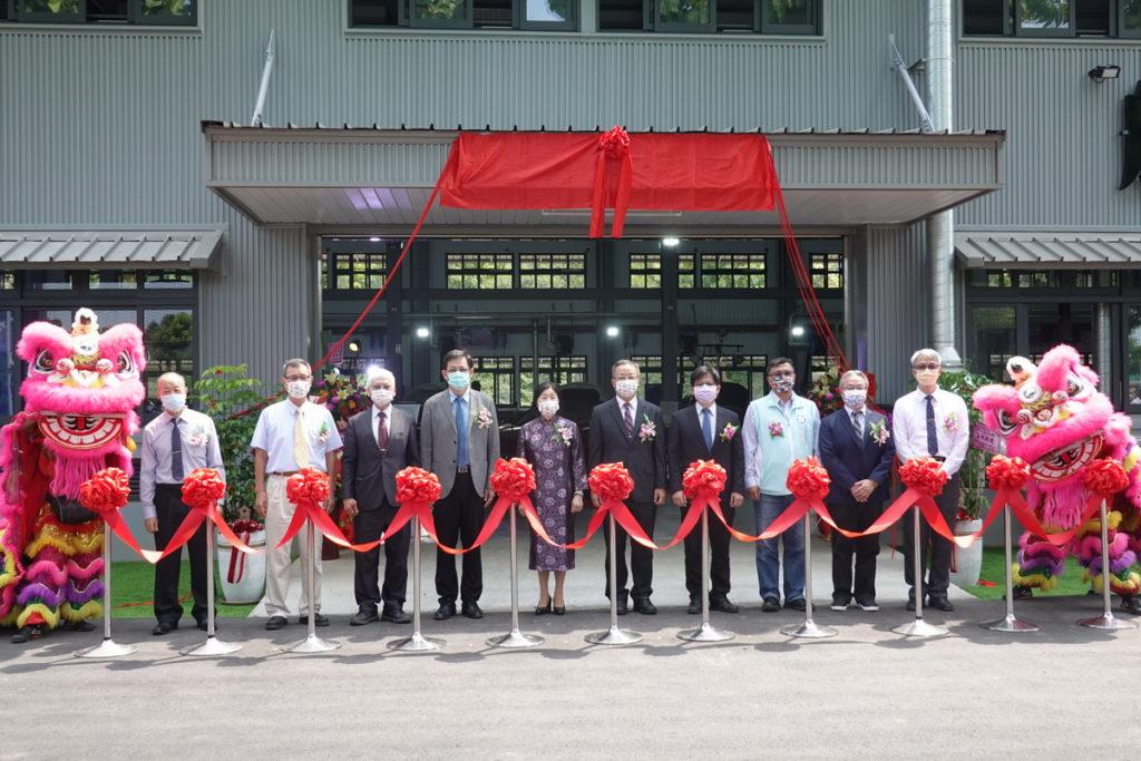 吳鳳科大 耗資七千餘萬元成立航太車輛館