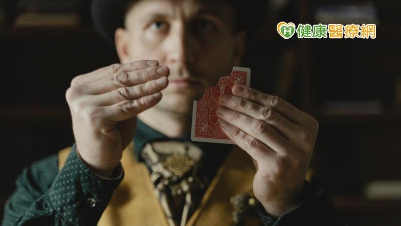 「魔術」融入心理治療 助重度憂鬱症患者走出陰霾