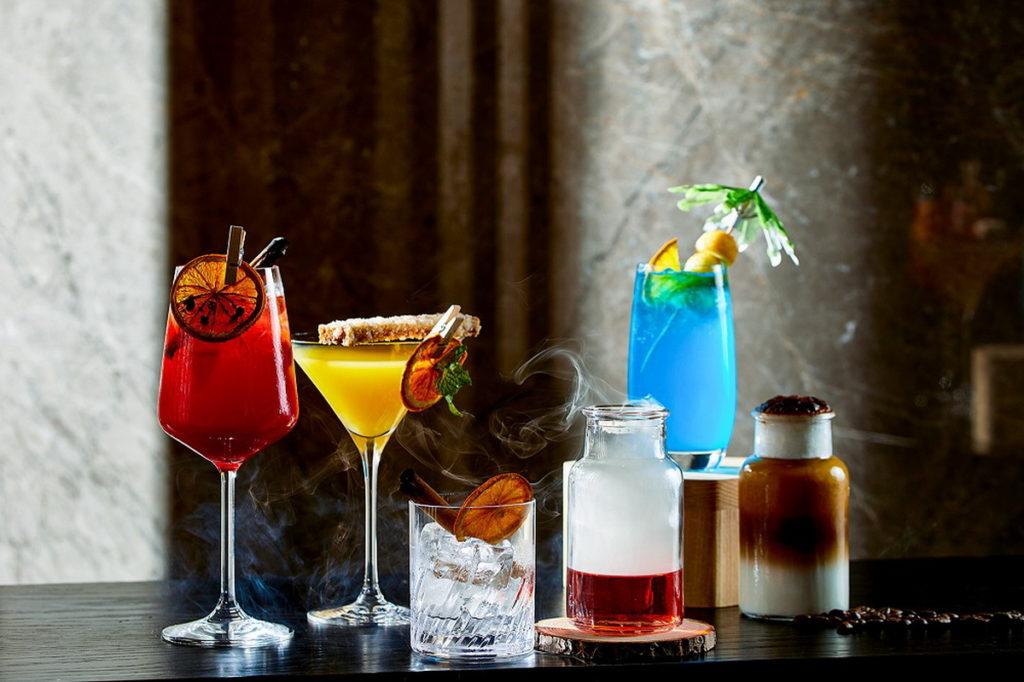 除了下午茶主攻洗版網美打卡牆外,逸廊調酒師們也將不同酒款,延伸推出「周間的7種態度」7杯個性風味特調,讓消費者天天都能放鬆買醉。(圖/台北新板希爾頓提供)