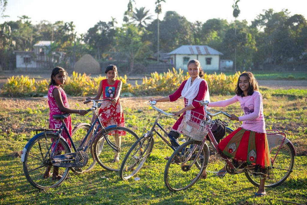 世界展望會在各計畫區栽培的女孩,讓她們漸漸長出自信,有能力打破因循習俗及保護其他女孩,甚至促成家庭和社區的轉變和進步(台灣世界展望會提供)