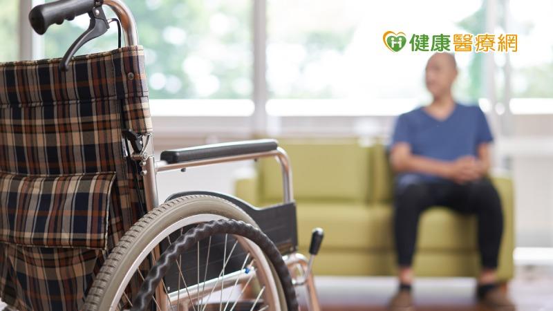 簡化居家環境 降低老年癡呆症患者壓力