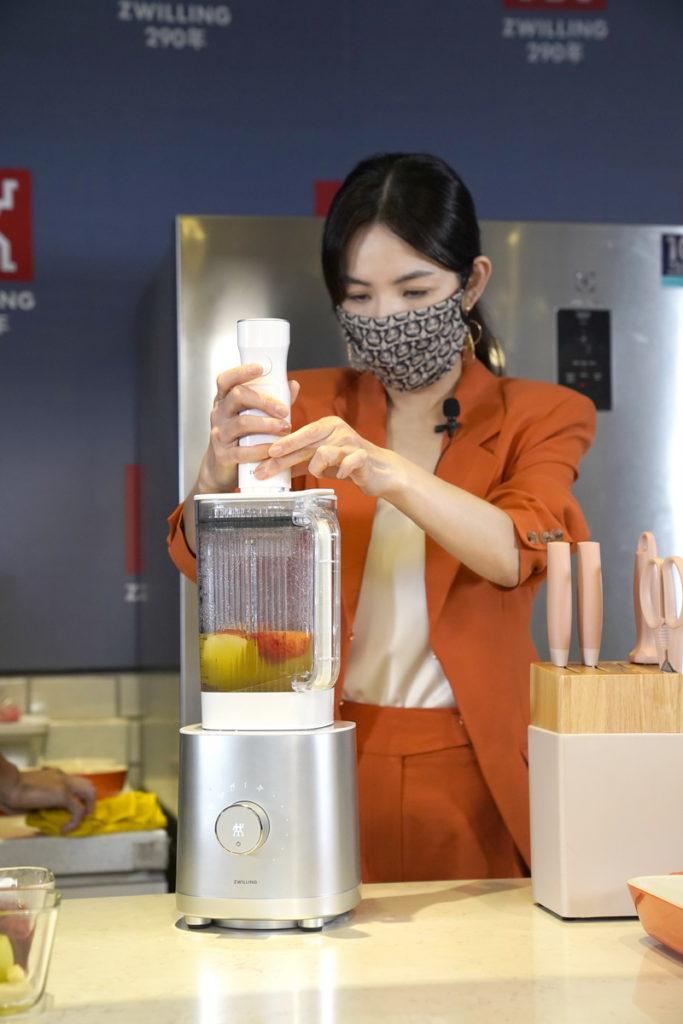 德國雙人品牌代言人陳嘉樺 ELLA 一日店長大秀廚藝