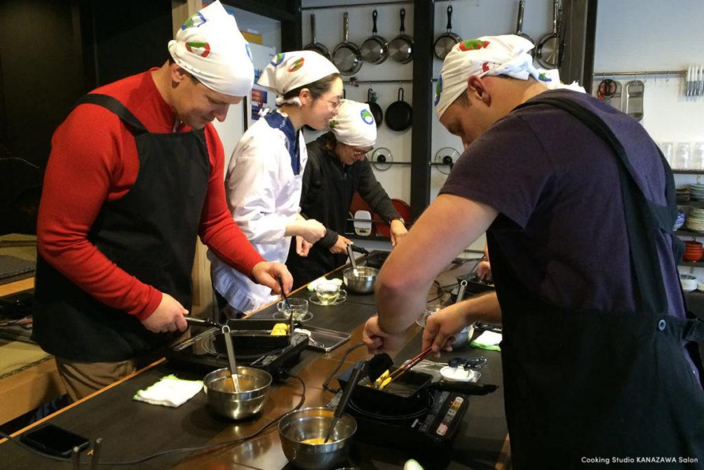 可以参加位於金澤歷史悠久的連排屋,對外國朋友非常歡迎友善的料理教室