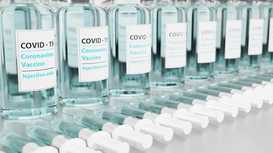 第八批BNT疫苗今抵台!第12期疫苗接種規劃一次看