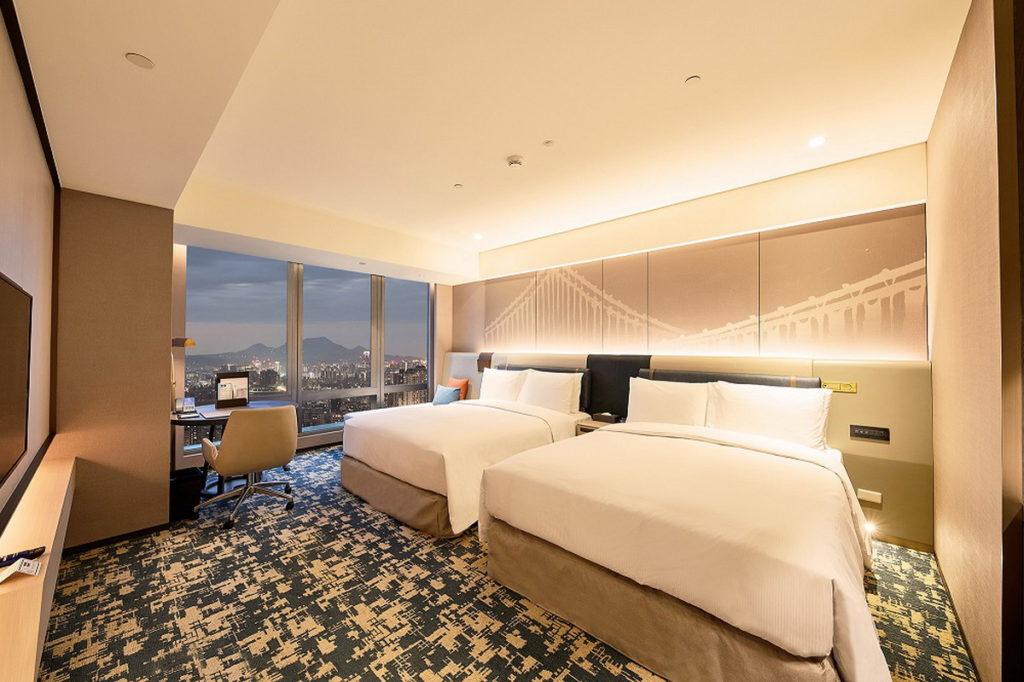 台北新板希爾頓酒店即日起推3周年線上旅展 住房25折起